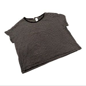 🌹4/16🌹HM Striped crop top